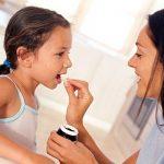 Dùng thuốc tẩy giun ở trẻ thế nào cho đúng cách?