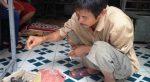 Cha con người dân tộc: Đi thi đại học nhờ lồng chim trời